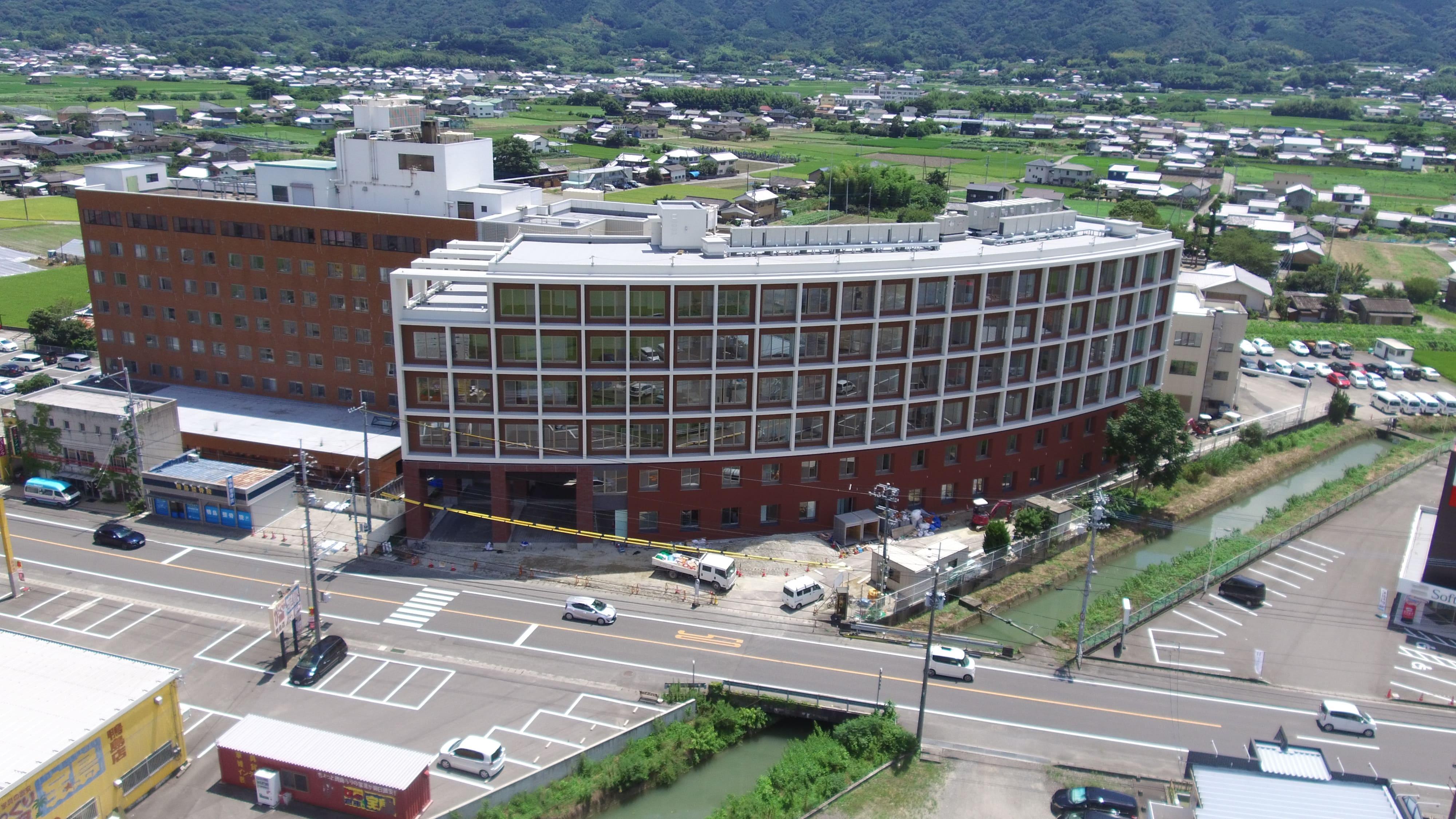 鴨島病院、介護医療院鴨島病院、介護老人保健施設長寿園